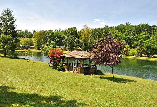 Robin Hill RV Resort & Campground