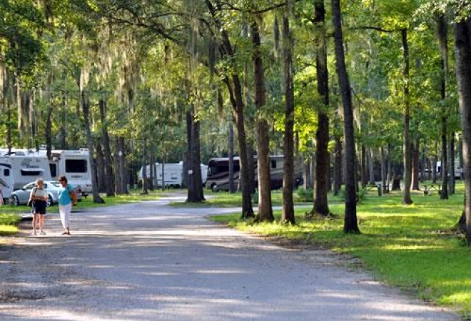 The Oaks at Point South RV